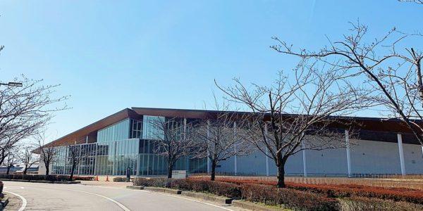 珠洲市民図書館(珠洲市野々江町)